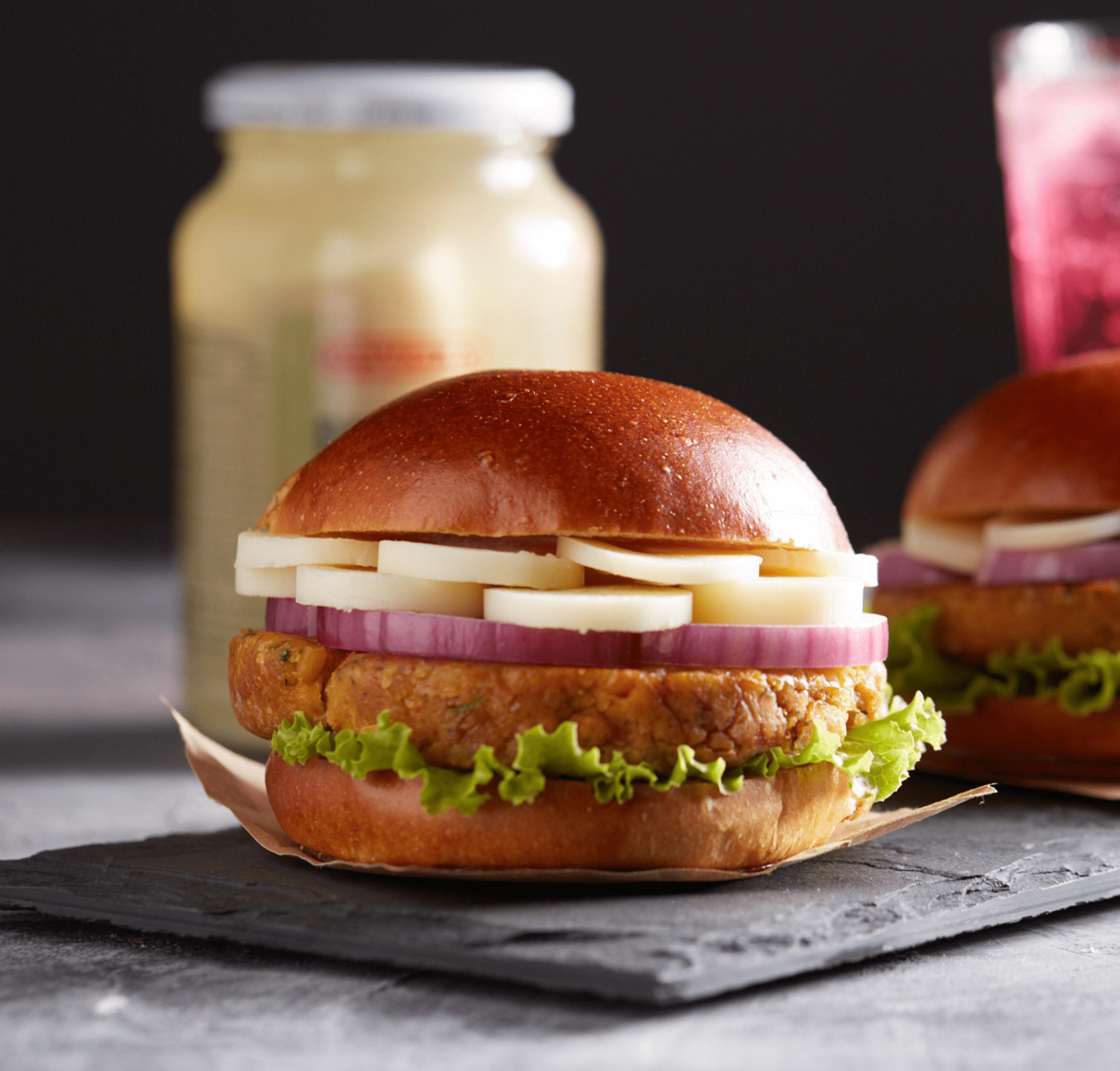 hamburguer-falafel-palmito-pupunha-oliveira